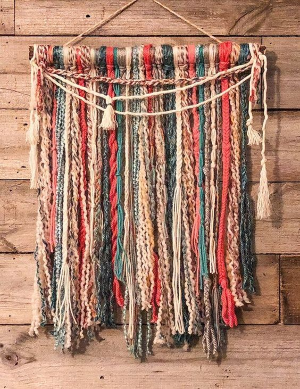 Knotted Yarn Tapestry Walk-In Craft