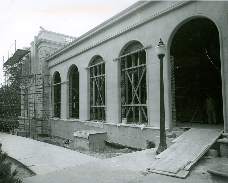 Construction of the northeast wing in 1964 included the Pioneer Room, the Cardinal and Campanile Rooms, and student office space.