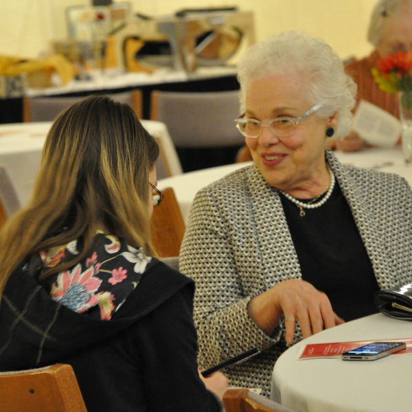 Molly Hudson speaks with a student at the 2014 Memorial Union Awards Ceremony